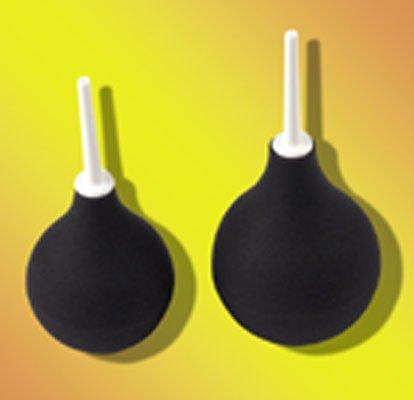 Ballonspritze mit Flüssigkeit füllbar